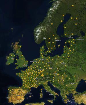 Ühe kaardilehe ehk kollase ruudukesega (pildil) kujutatud maa-ala suurus on 25 x 25 km.